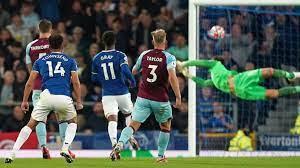 Townsend Gray Everton Burnley Premier League